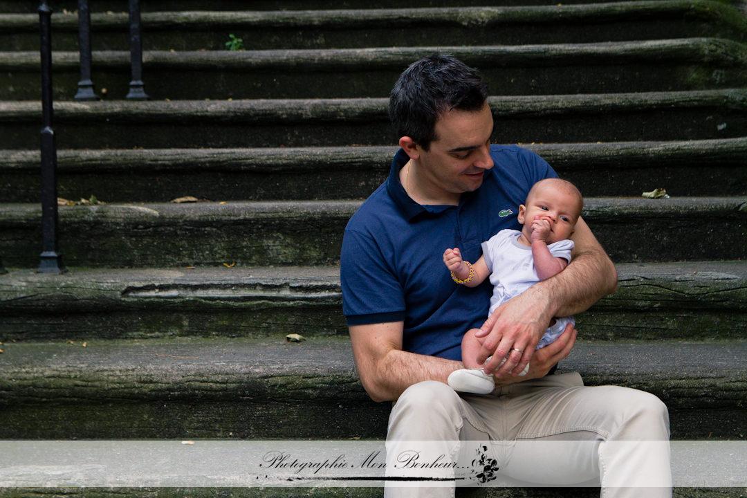 balade parisienne, photo 20éme arrondissement, photographe famille, séance photo famille