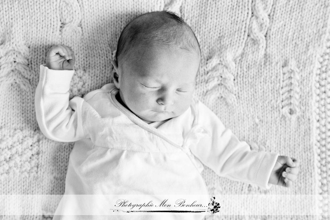 jeunes parents, photo lumière naturelle, photo portraits, photographe à paris 12ème, photographe de maternité Saint-Mandé, photographe maternité Paris Porte Dorée, photographe nouveau-né, portrait bébé, séance photo, séance photo naissance